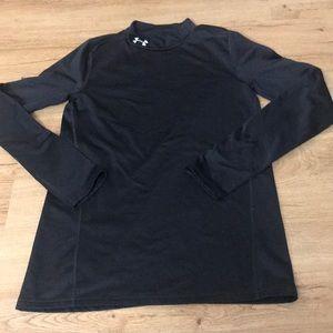 Under Armour pullover size YXL boys 18-20